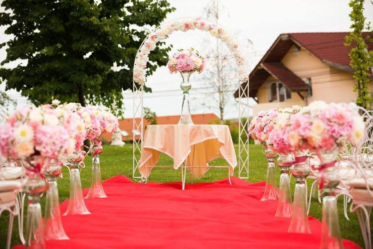 Dream Events Are Oferte Pentru Aranjamente Si Decoratiuni Florale