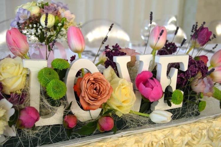 Noblesse Flowers Events Are Oferte Pentru Aranjamente Si